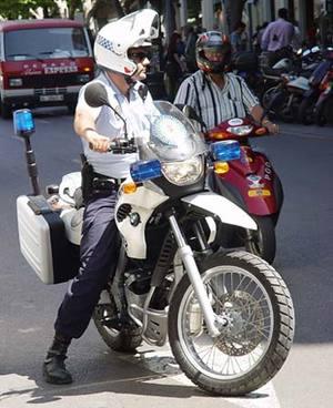Spanish_cop